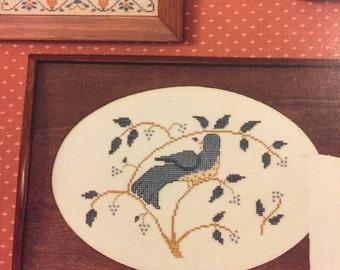 Vintage HomeSpun Elegance LinenWorks II counted cross stitch booklet No. 67