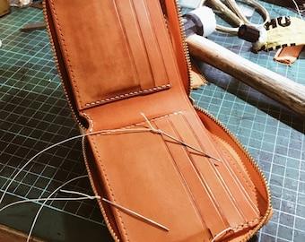 wallet hand bag