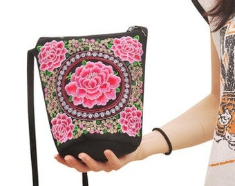 Cross Body Embroidered Floral Bag BA5007n