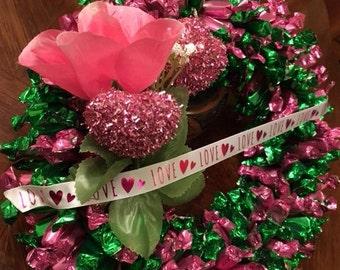 Premium Soft Caramel Edible Candy Wreath (400+ pieces