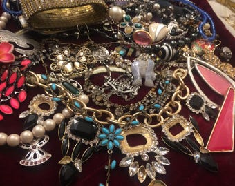 40 Pieces of Nice Jewelry for Parts, Repair or Craff with Free Shipping