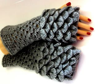 EXPRESS CARGO Dragon Scale Gloves, Fingerless Mittens, Crocodile Stitch, Arm warmers, Winter gloves, Game of thrones, Texting Gloves, Skye
