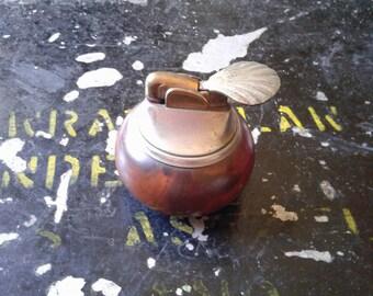 VINTAGE TABLE LIGHTER evans usa shell lighter with wooden base