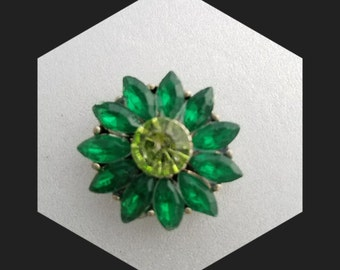 Green Snaps for your Ginger Snaps jewelry. 20 mm snap charms fit 18-20mm snap jewelry including Noosa bracelets plus other brands