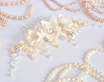 Ivory Pearl Bridal Hair Comb, Floral Wedding Hair Comb, Bridal Hair Piece