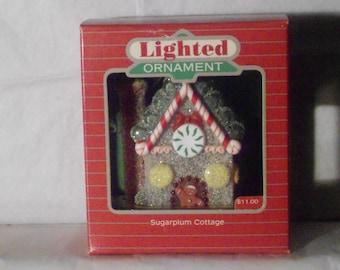 """Sugarplum Cottage """"Lighted"""" 1984"""