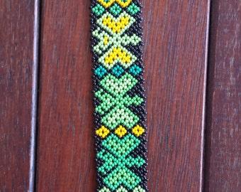 Handmade Green Grass Huichol Bracelet