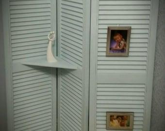 Shabby chic/vintage/retro Louvre door shelving unit