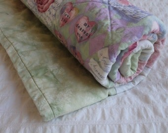 100% Cotton Roses and Hearts Quilt