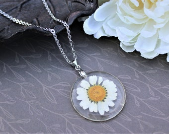 Real daisy necklace, pressed flower jewelry, nature lover gift, bohemian style, simple flower necklace, silver