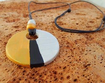 hanging ceramic, pendant gift, hanging Golden and Silver Pendant ceramic design, pendant, pendant gift, gold and silver pendant