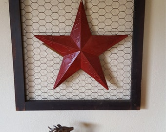 Rustic,country,Star,Wall decor,barn star,chicken wire,wall hanging,red
