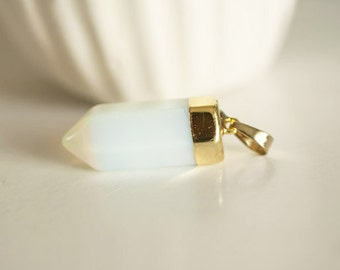 Advanced support Golden Crystal Opalite pendant