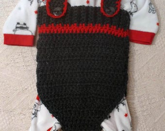 Crochet baby romper **Baby onesie **Photo prop **Perfect gift **Keep Baby Warm **Acrylic Yarn **Soft and Warm