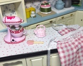 Doll house miniature kitchen accessories handpainted shabby pink mixerkettle and apron 112 scale