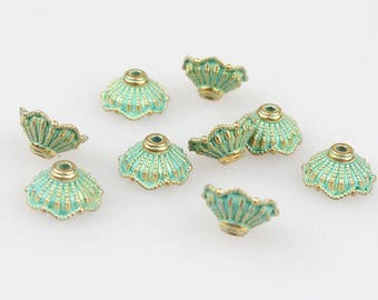 8 Pieces - 10mm Brass Verdigris Green Pattern Spacer Bead Caps E1