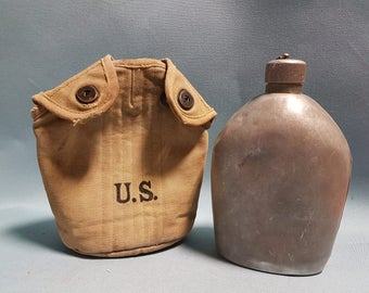 World War 1 US CAnteen and Pouch Marked 1916