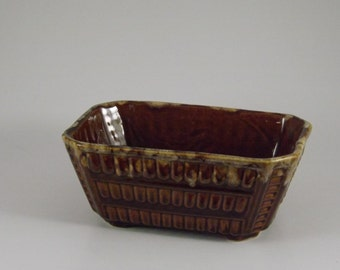 Brush Pottery Planter C 111-7 Brown Drip