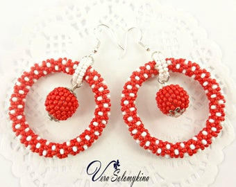Mom girlfriend birthday gift, Red white polka dot earrings, Rockabilly Jewelry, Beaded Hoop earrings, Retro 50's earrings, Seed Bead jewelry