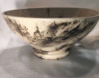 Large porcelain horsehair bowl