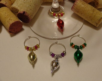 Merry Christmas Ornament Wine Charms (4)