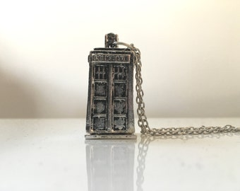 Dr Who Tardis inspired necklace