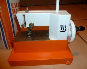 Little Betty Miniature Sewing Machine