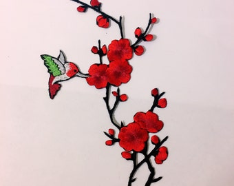 Red plum blossom / wintersweet/ flower/ bird/ iron on/ sew on/ embroidery patch/flower