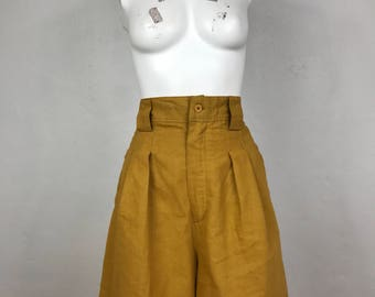 Vintage 90s pleat front high waisted amber culotte shorts
