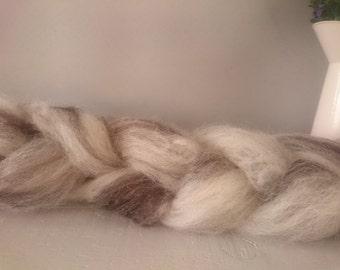 British Wool Roving - Jacobs 100g - hand prepared un dyed Natural wool - bleach free wool - wool batt - combed wool - variagated Wool roving