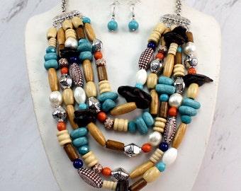 Multibed Necklace Set