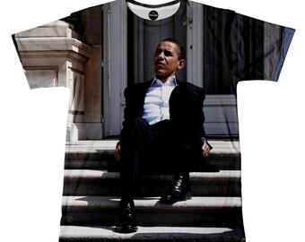 iTrendy Barack Obama Chilling Tshirt