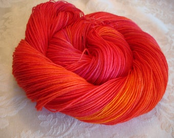 "SOFTY BFL Fing yarn, Superwash BFL Wool, Nylon, Hand Dyed, Color - ""Heat"""