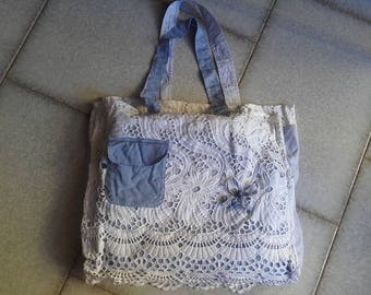 Shabby chic recycled cotton fabric bag and cotton lace//Borsa in tessuto riciclato e pizzo di cotone Shabby Chic Style