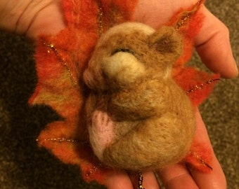 Sleepy dormouse on an autumn leaf - OOAK soft sculpture needle felted