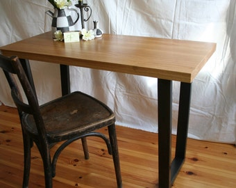 Dining table / desk made of oak and corrugated steel