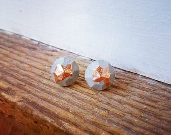 concrete/metal leaf earrings 1