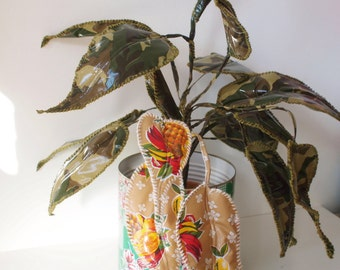 Plant van Mexicaans Tafelzeil (handgemaakt) | Plant made of Mexican Oilcloth (Hand Made)