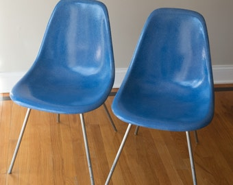 Original Pair 1950s Charles Eames for Herman Miller Fiberglass Shell Chairs with Aluminum H-base
