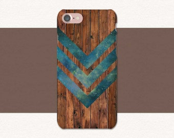 Wood iPhone Case, Green Chevron Phone Case, iPhone 7 Case Wood, iPhone 6 Case Wood, iPhone SE, 7 Plus, 6 Plus, 6S Plus Wood Phone Case