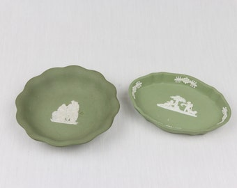 Vintage Green Wedgwood /  Decorative Plate / Wedgwood Jasperware