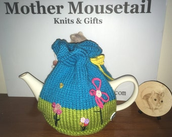 Beautiful Country Living Style, Spring Garden Tea Cosy
