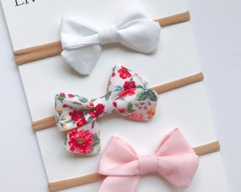 Baby girl mini sailor style bow set of 3 - nylon headband / clips - infant / toddler / child bows - white - leafy floral - light pink