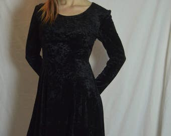 Vintage Black Crushed Velvet Flared Short Dress