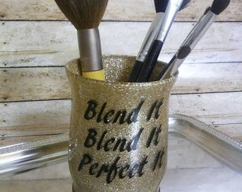 Makeup.Makeup Brush Holder.Blending.