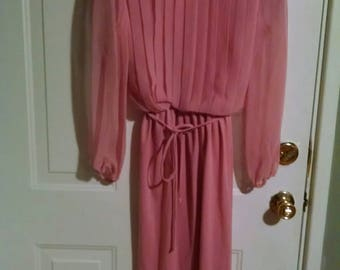 Vintage coral color dress with sheer sleeves 8
