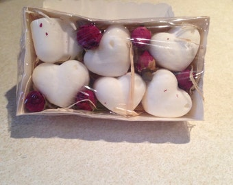 6 hand crafted wax Melts Baby Powder Scent.. gift boxed with Rose bud decoration.. ideal gift gift set