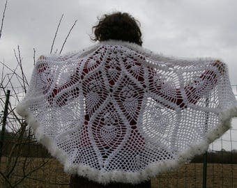 Crochet shawl. White shawl.