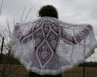 Crochet shawl. White shawl.