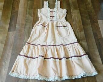 VTG Handmade Summer Prairie Peach Dress, Sleeveless Sundress, Eyelet Lace, Calico Pockets, XS Small